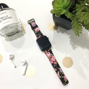 {ANNA} Apple Watch Band / black floral leather
